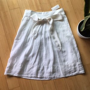 Banana Republic white ivory linen skirt ribbon